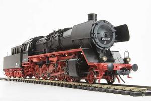 parní lokomotiva BR50 1030 DR