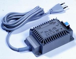 TR100 Transformátor